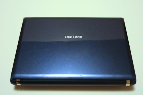samsung-nc10-14gb-102-inch-blue-cover